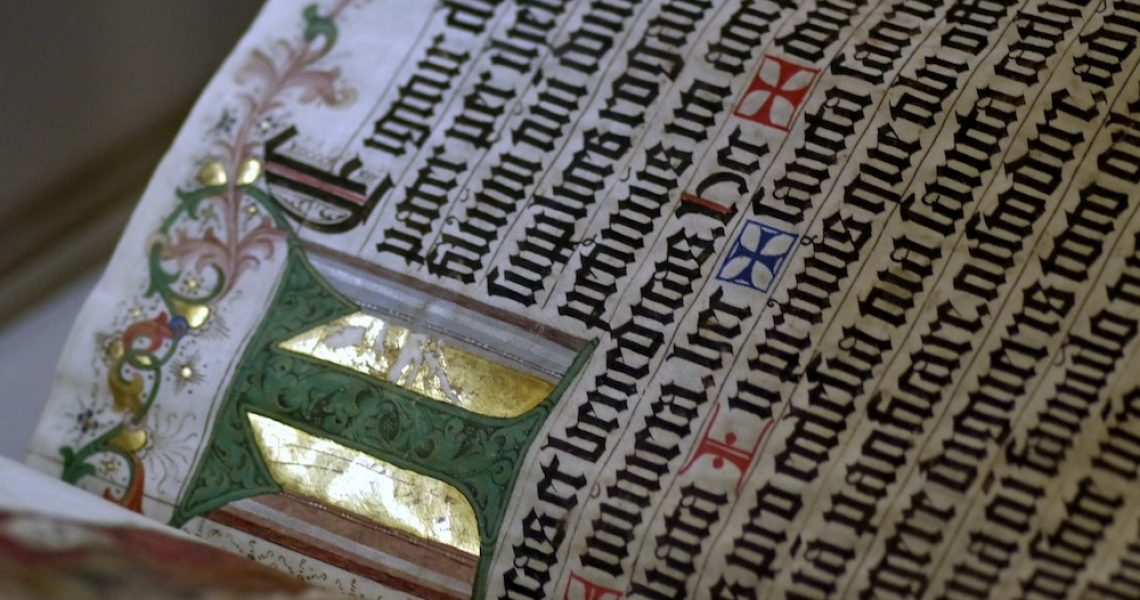 History Writing The Middle Ages Old Document
